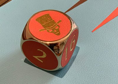 brass_cube